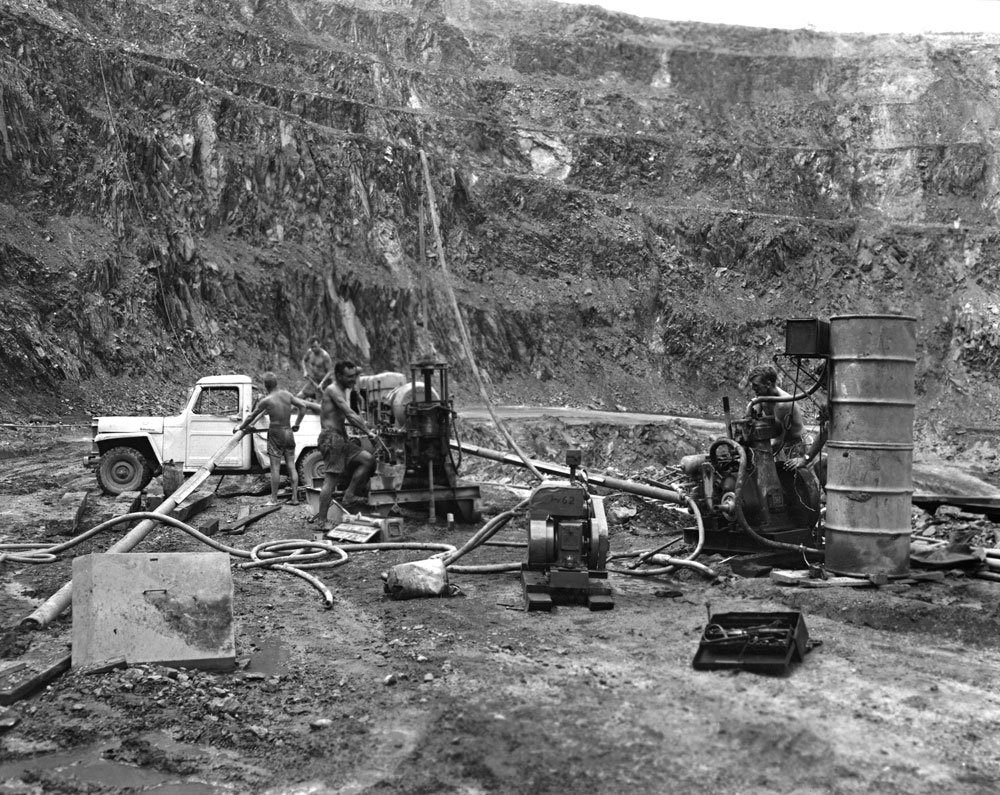 Diamond drilling team at Rum Jungle (1958). National Archives of Australia: A1200, L25497