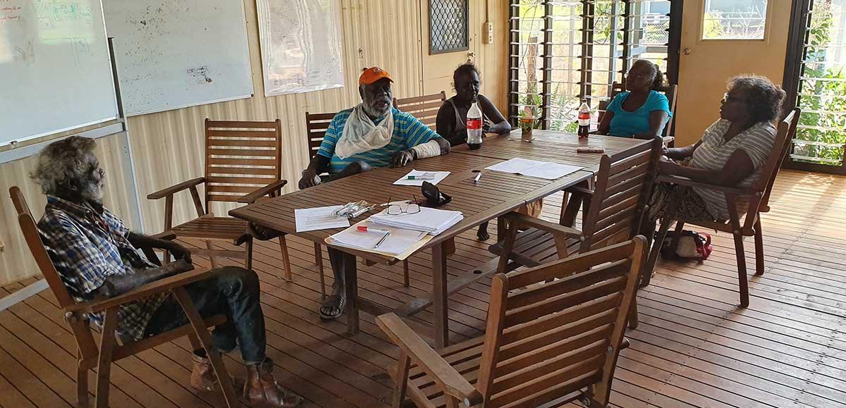 Members of Bulungkunum Corporation in Ramingining in a meeting