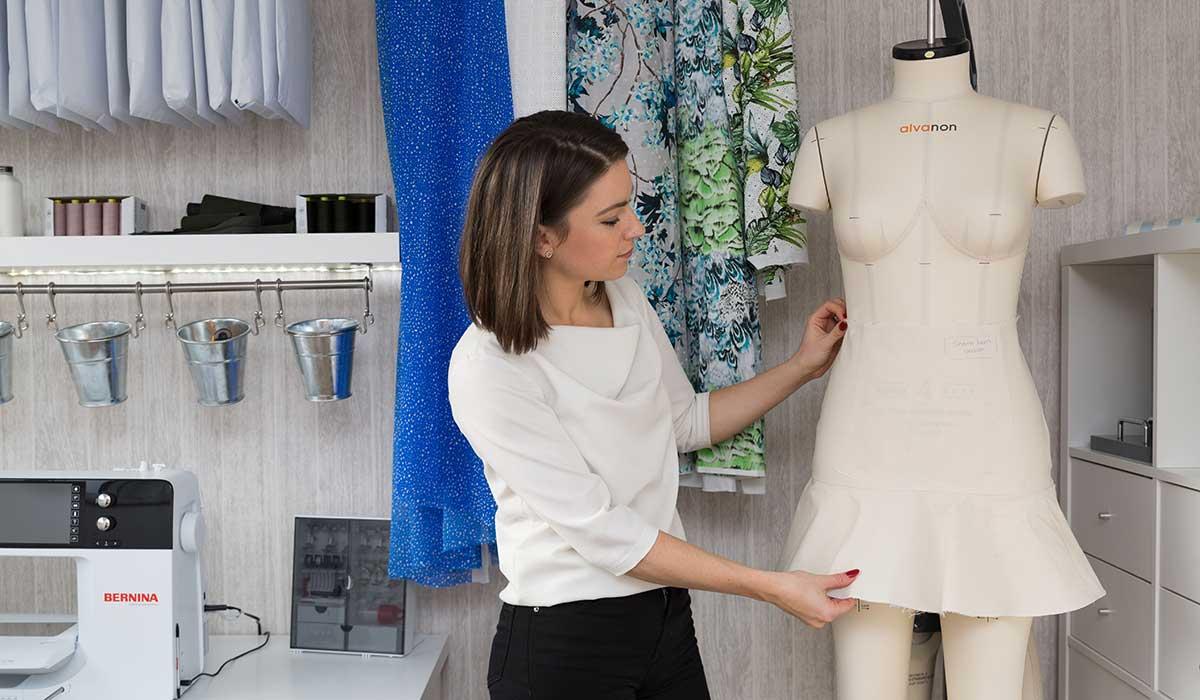 Aneka fitting a garment