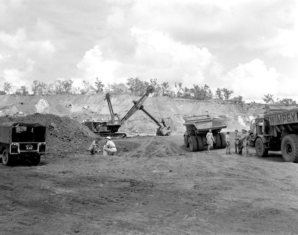 Dyson's open cut pit, Rum Jungle (1958). National Archives of Australia: A1200, L25499